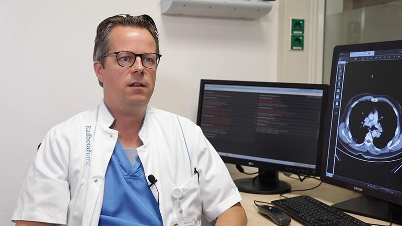دکتر سیورد ینیسکنس، پزشک عمومی دانشگاه رادبود هلند