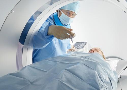 CT فلوروسکوپی ساده و سهلالوصول