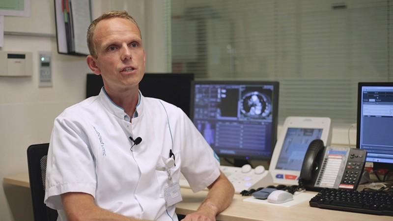 دکتر اوود اسمیت، پزشک عمومی و دکترای تخصصی دانشگاه رادبود هلند
